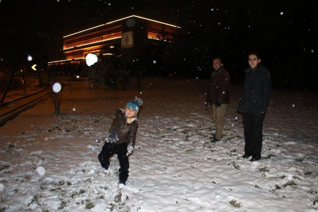 Ankara'da İlk Kar Yağdı