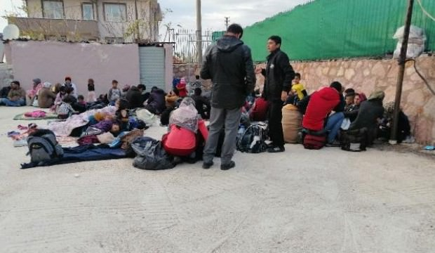 Balıkesir'de 34 göçmen yakalandı