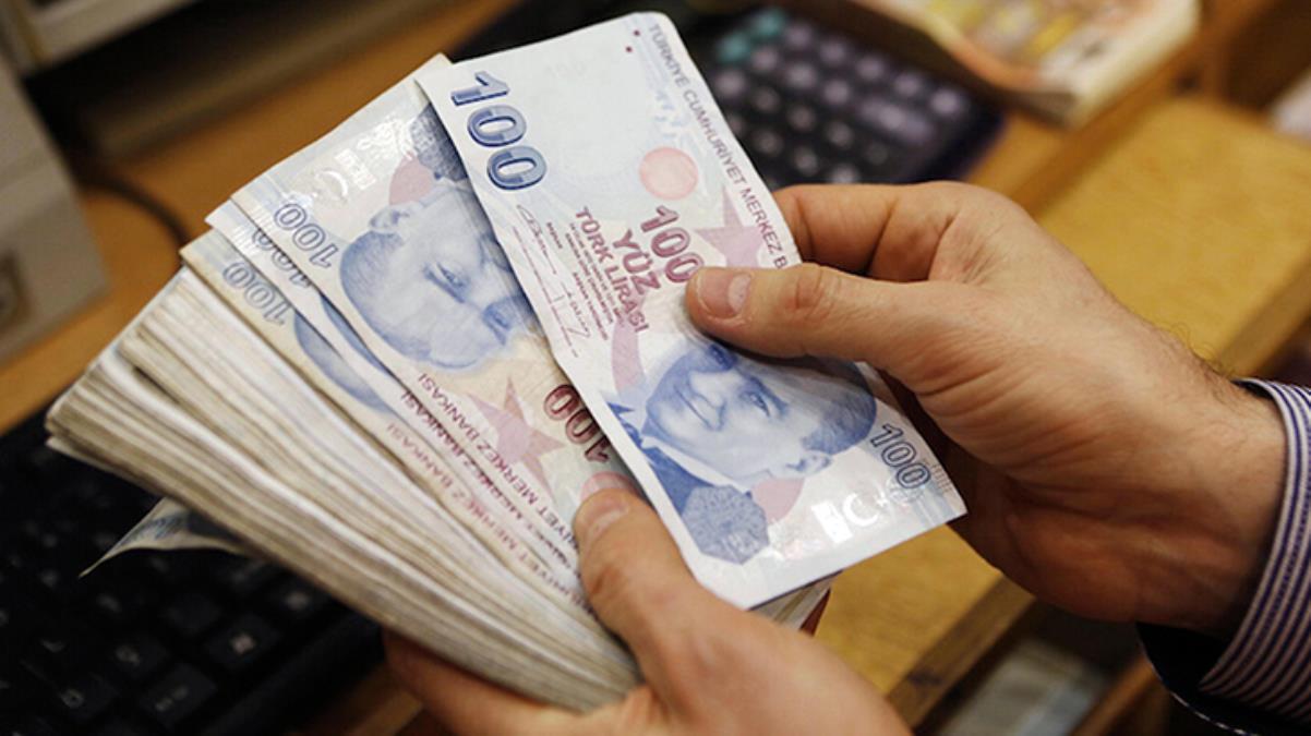 Borçlarını yapılandıran ev hanımlarına düşük primle emeklilik hakkı