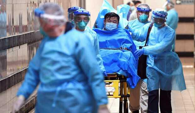 Corona virüsünün en fazla vurduğu iki risk grubunu açıkladı