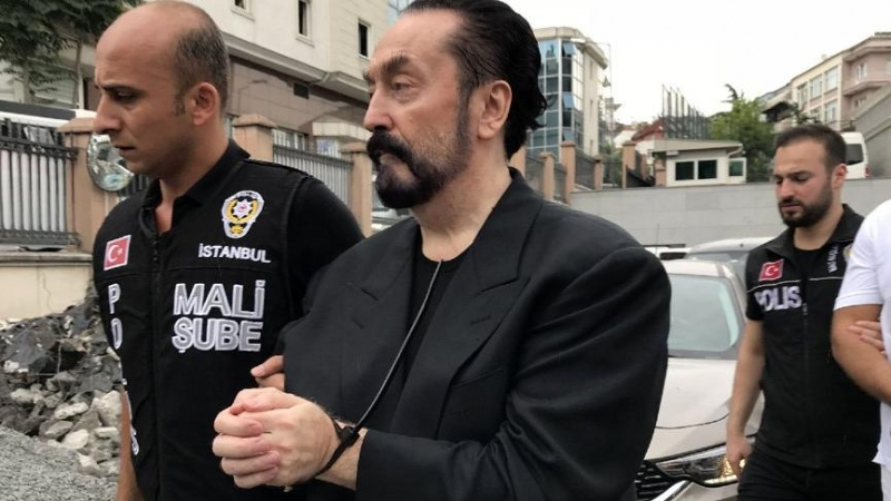 Dışişleri Bakanlığı'nın Rus Tercümanı Adnan Oktar'ın Adamı Çıktı