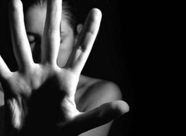 Hindistan'da toplu tecavüz skandalı!