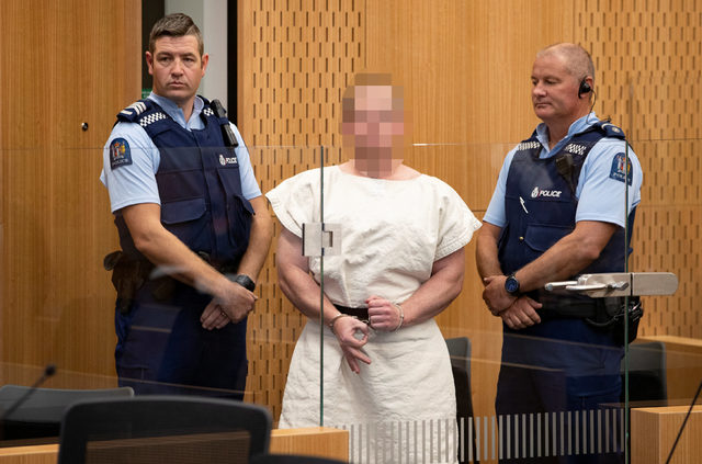 İki camiye saldıran terörist mahkemeye çıkarıldı