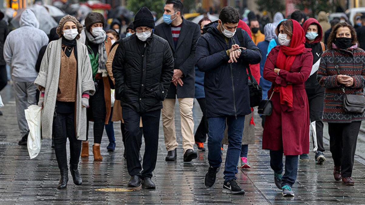 İstanbul Valisi Yerlikaya: Mücadelemizde 1 yıl bitiyor ve kademeli normalleşme sürecine geçiyoruz