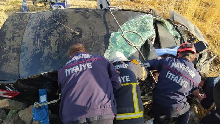 Nevşehir'de otomobil şarampole devrildi: 1 ölü, 2 yaralı
