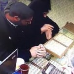 Sevgililer Günü hediyesi alma bahanesiyle 5 bin TL'lik yüzük çaldılar
