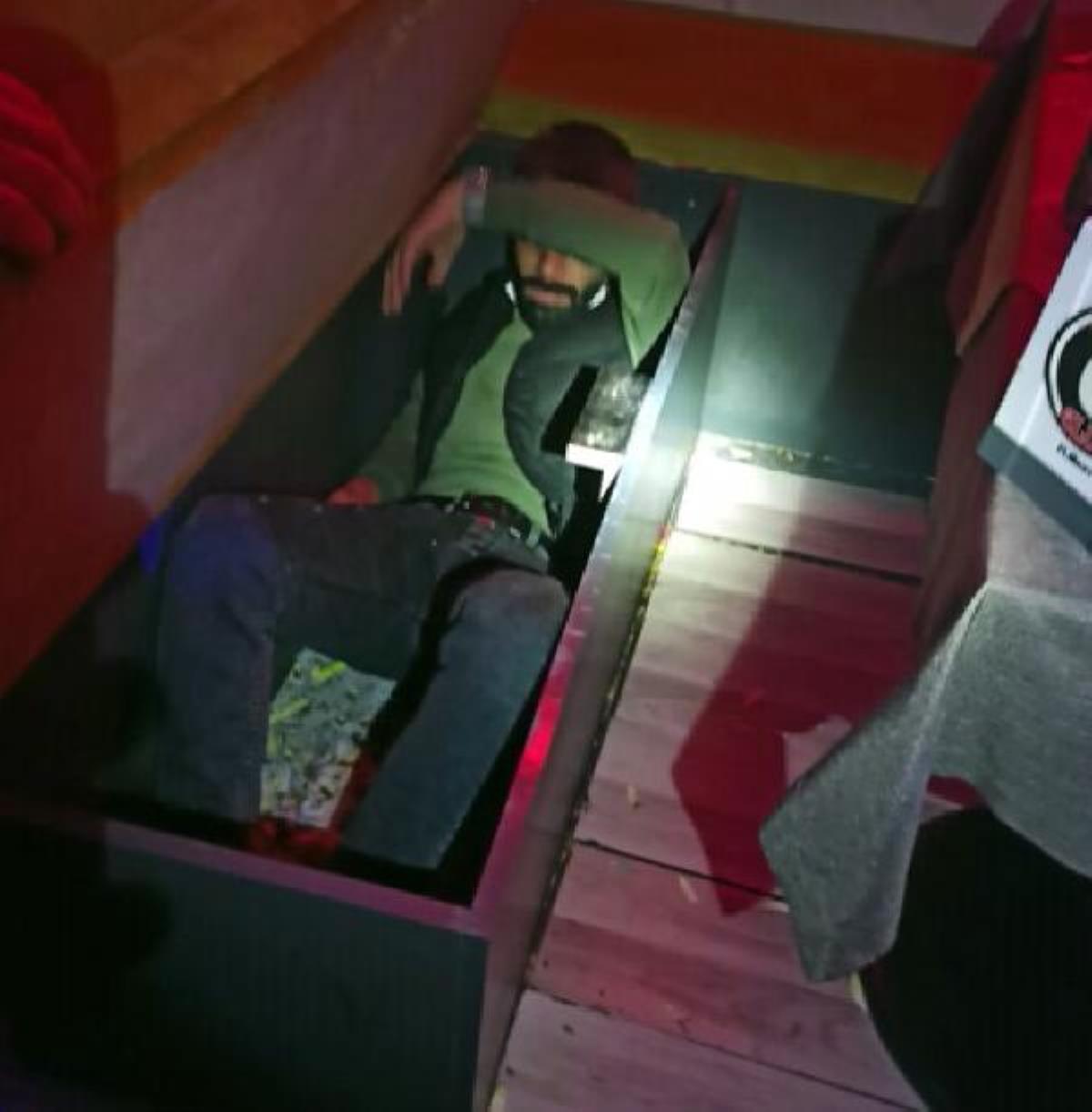 Son dakika haberi... Eğlence mekanında kanepe ve dolaba saklanırken yakalandılar