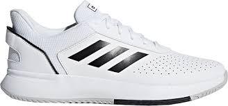 Tenis Ayakkabısı Zorunlu Bir İhtiyaç