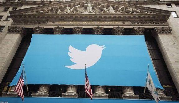Twitter\'den Trump\'a Büyük Darbe! Hesabını Askıya Aldılar