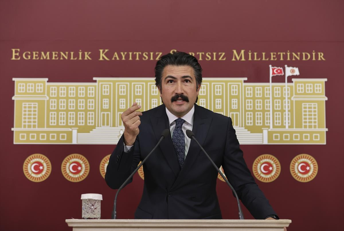 AK Partili Özkan: HDP hem siyasi hem de hukuken kapanacak