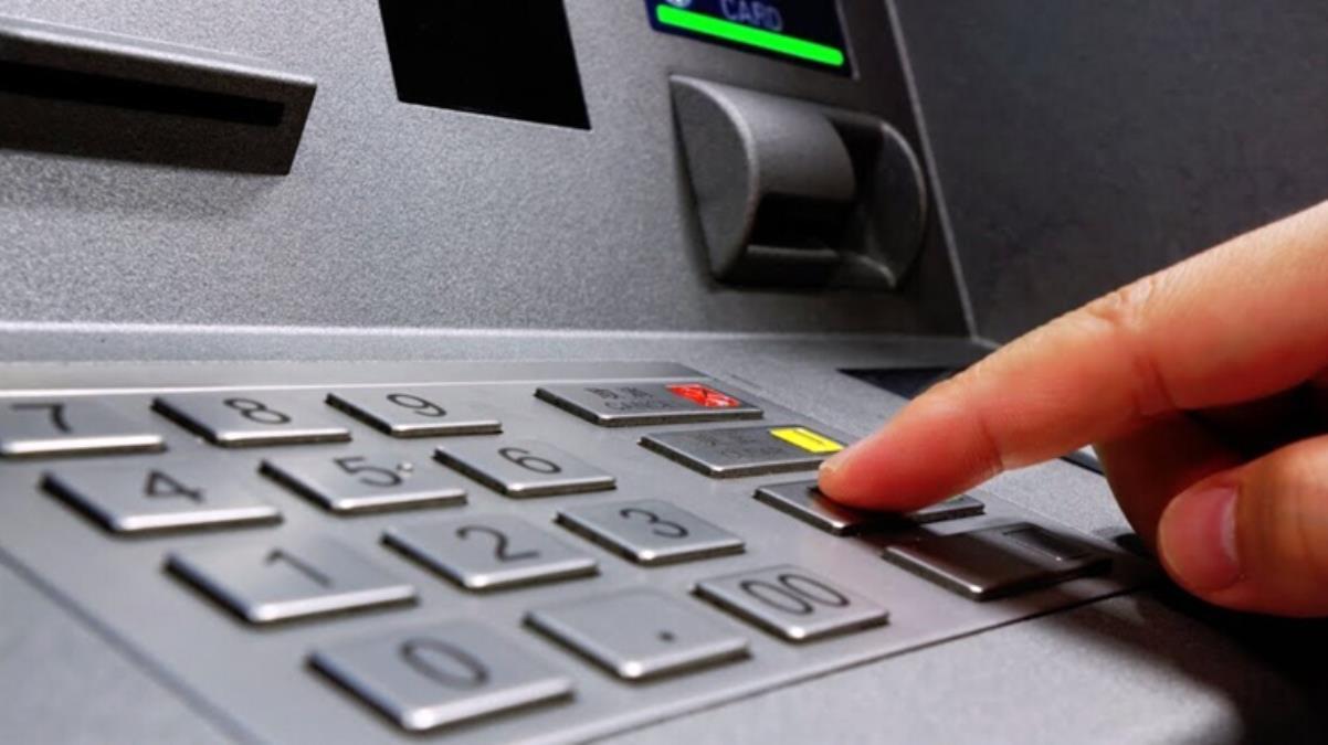 Akbank'ta sistem çöktü! Müşteriler işlem yapamıyor, binlerce kişi mağdur