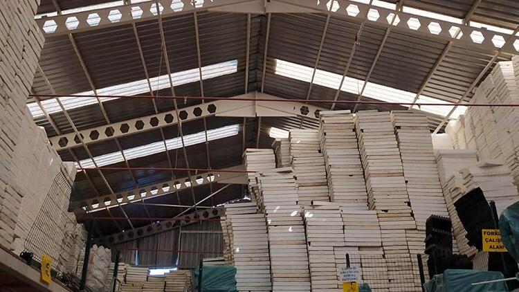 Antalya'da tamir için çıktığı çatıdan düşen işçi hayatını kaybetti