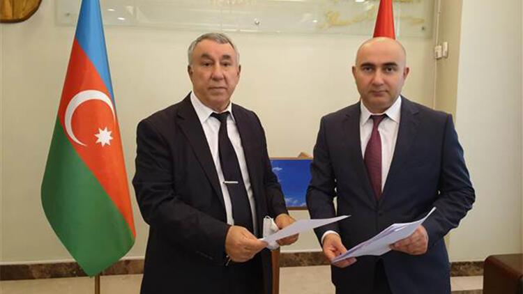 Azerbaycan saflarına katılmak için dilekçe verdiler