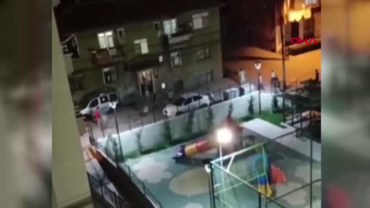 Başkent karıştı! Yabancı uyruklu grup iki Türk genci bıçakladı, mahalleli sokağa döküldü