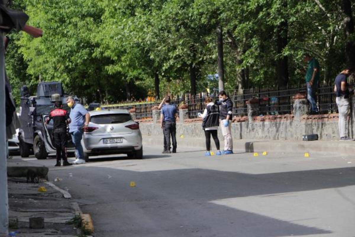 Beyoğlu'nda iki aile arasında silahlı kavga: 2'si kadın 5 yaralı