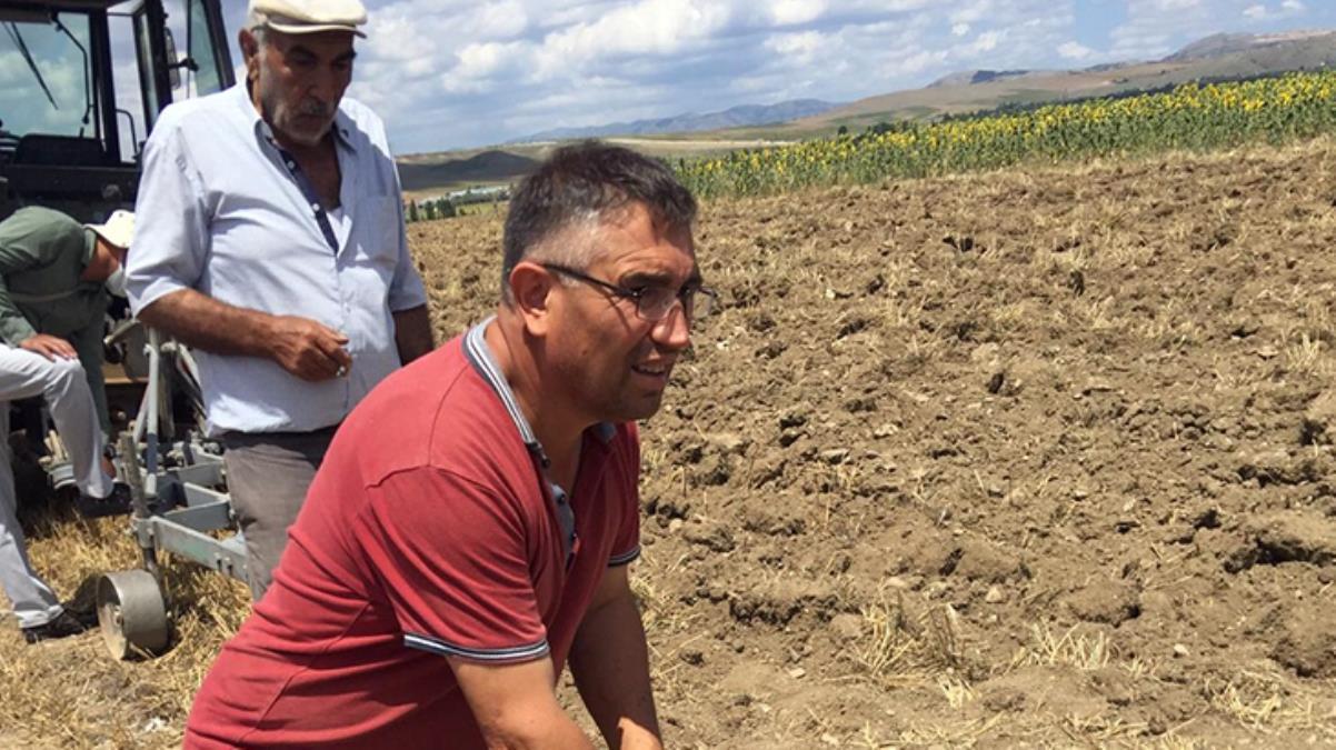 Çorumlu çiftçi tarlasını sürerken aslan ve kartal figürlü objeler buldu, ekipler dönemini araştıracak
