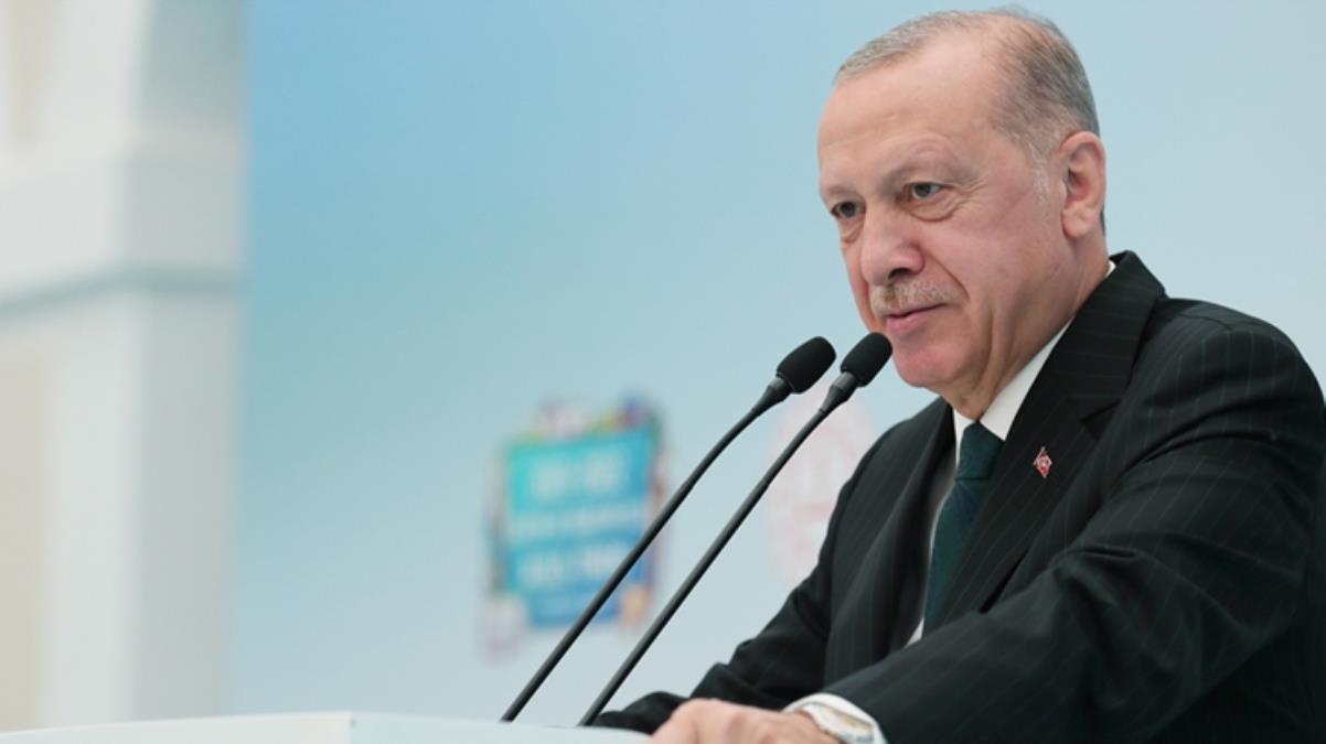 Cumhurbaşkanı Erdoğan'dan dikkat çeken aşı mesajı: Asla zorlayıcılığa başvurmak istemiyoruz ancak imkanını değerlendirmek şarttır