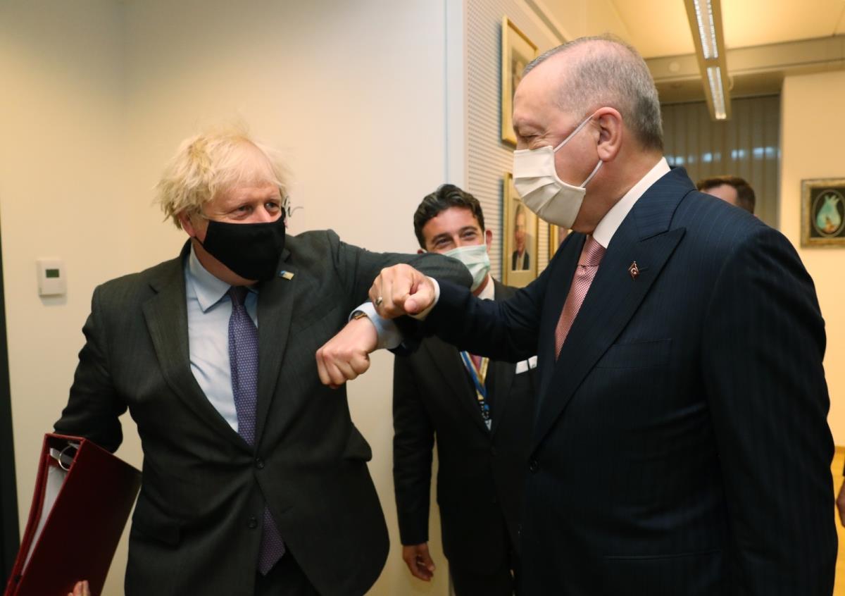 Cumhurbaşkanı Erdoğan ile İngiltere Başbakanı Johnson ticaret ve savunma alanlarında anlaşma sağladı