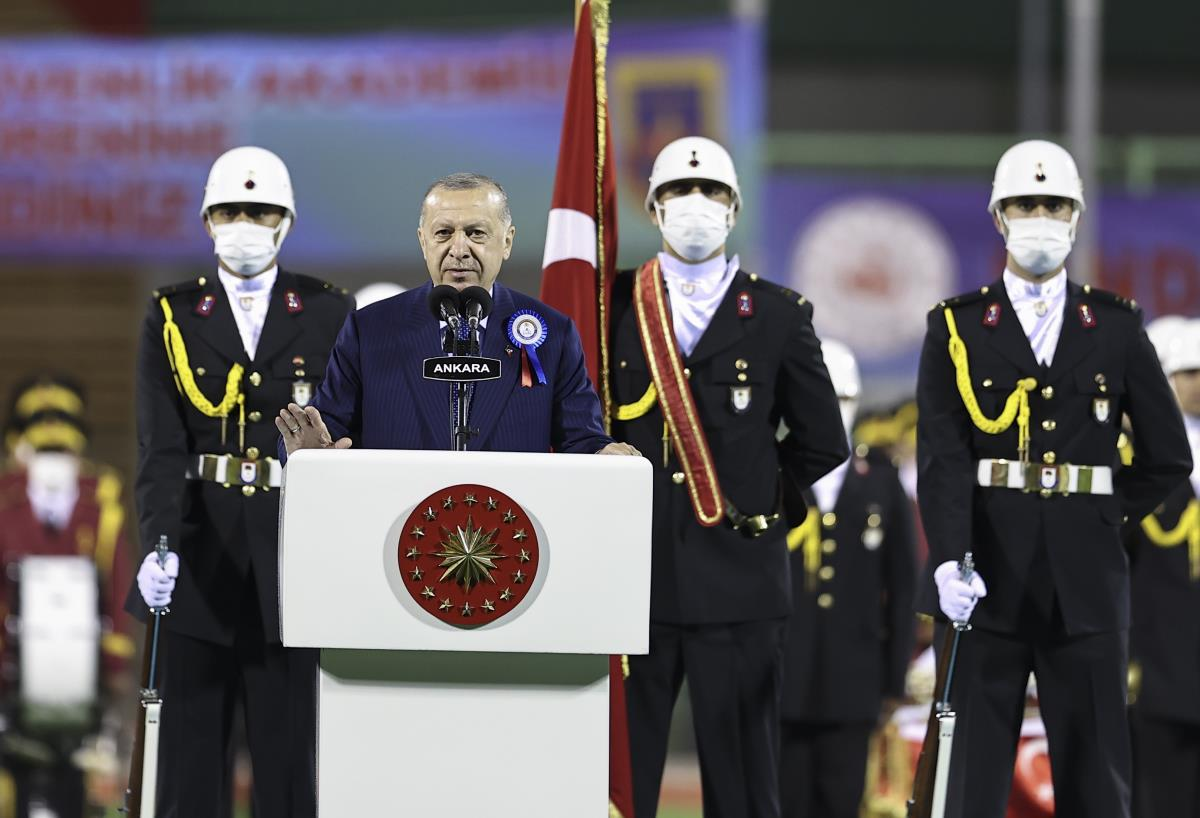 Cumhurbaşkanı Erdoğan: Türkiye dünyada en hızlı büyüyen ikinci ekonomi oldu