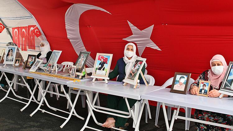 Diyarbakır'da HDP önündeki eylemde 323'üncü gün