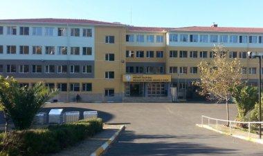 E-Twinning Buluşturur - Mehmet Salih Bal Ticaret Meslek Lisesi
