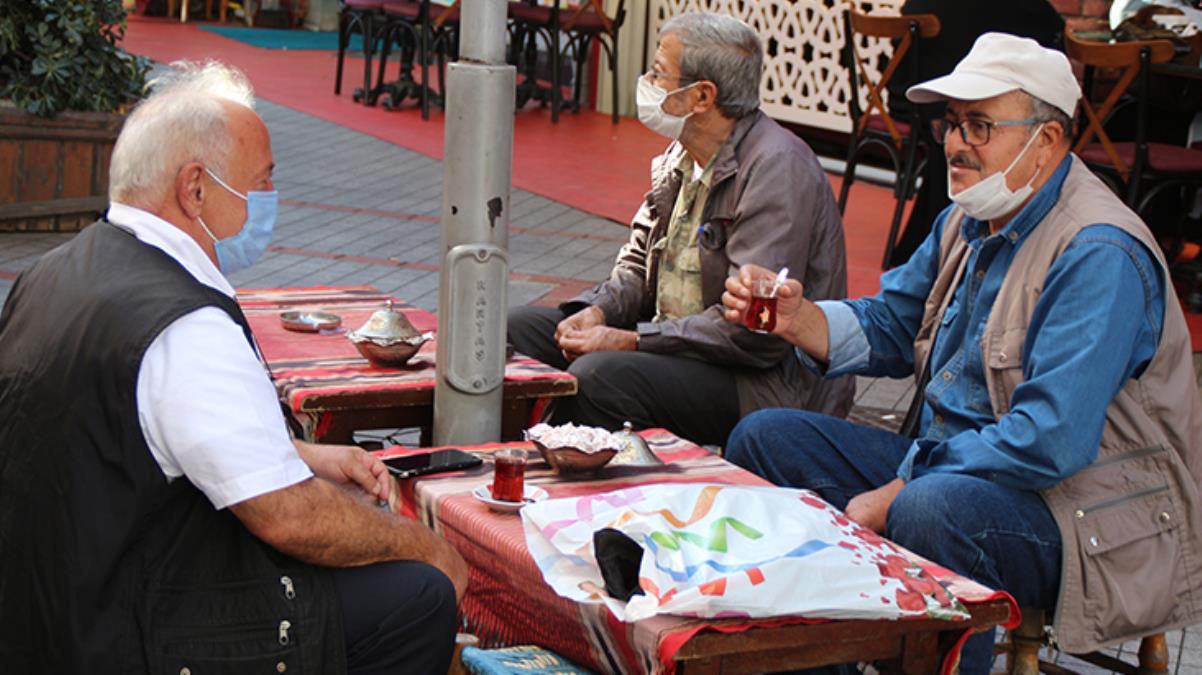 En çok vaka görülen iller arasındaki Rize'de 'çay sohbetleri' yasaklandı