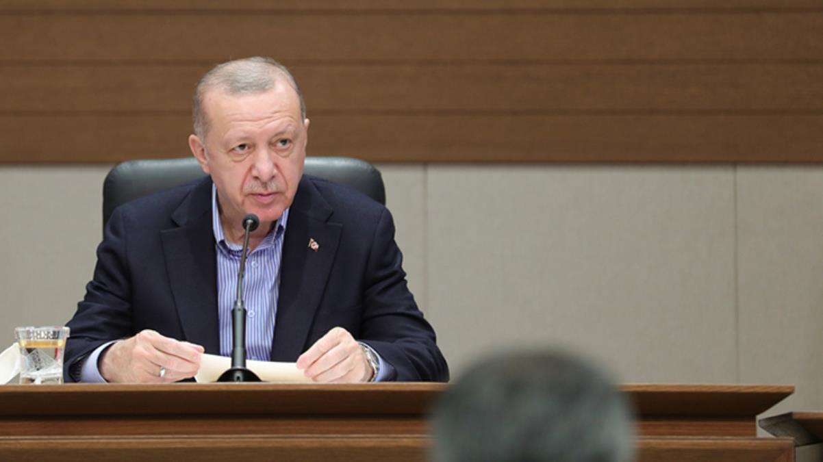 Havalimanında soruları yanıtlayan Cumhurbaşkanı Erdoğan'dan gazetecilere sitem: Bugün sizleri pek heyecanlı görmüyorum