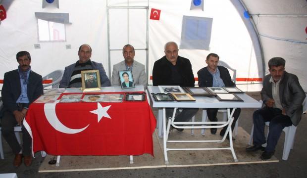 HDP önündeki ailelerin evlat nöbeti 76'ncı günde