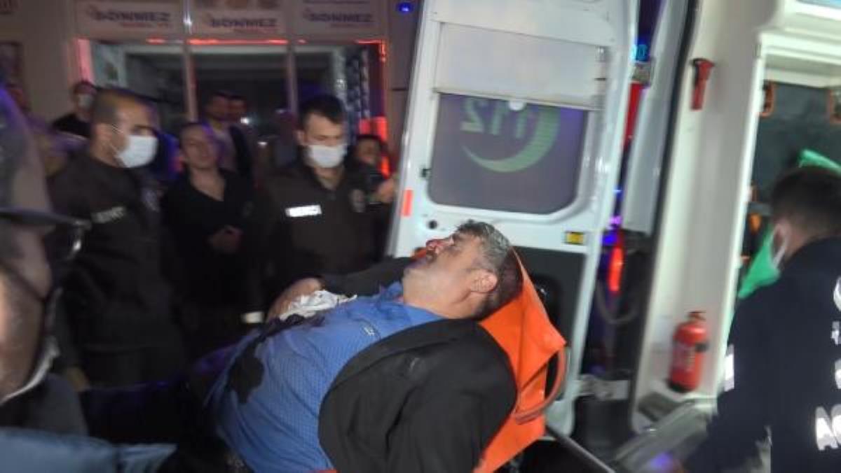 İki grup arasında çıkan silahlı çatışmada yoldan geçen bir kişi vuruldu: 3 gözaltı