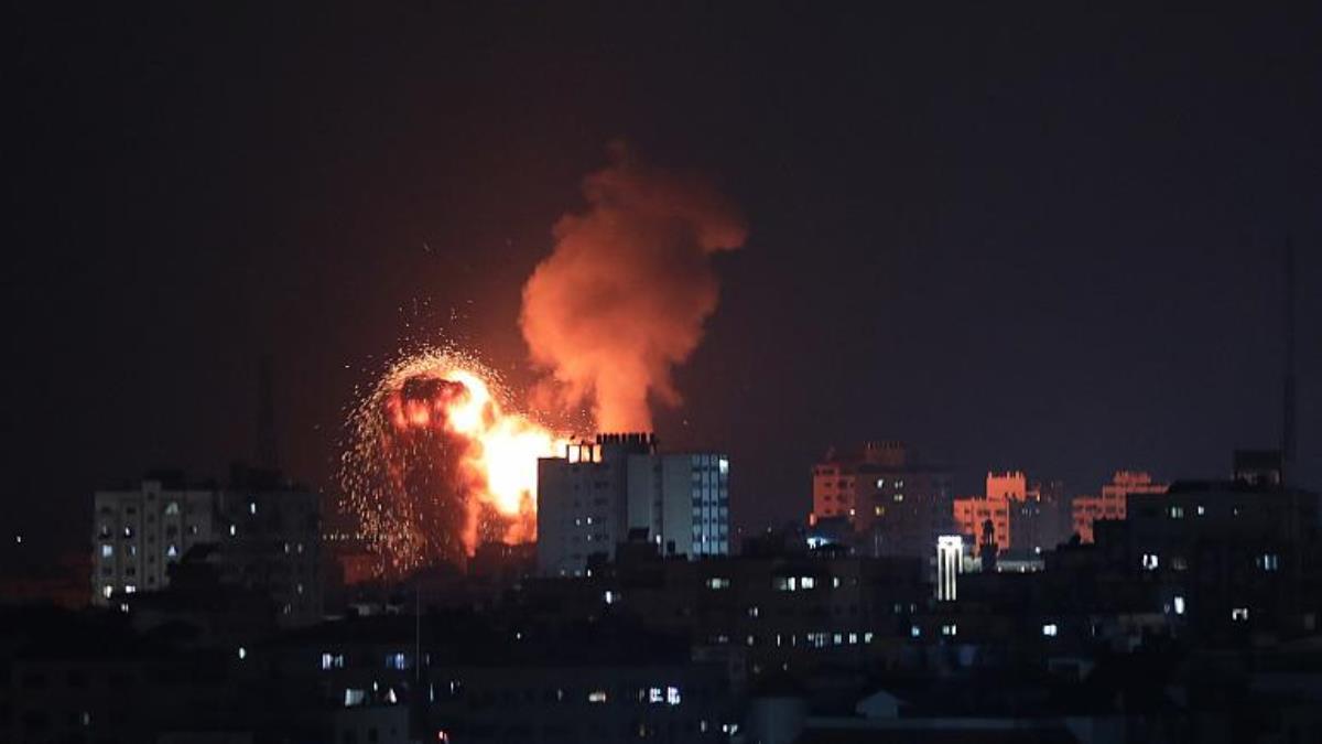 İsrail'in Gazze'ye düzenlediği saldırılarda hayatını kaybedenlerin sayısı 35'e yükseldi