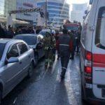 İstanbul'da otomobil park halindeki araçlara daldı:1'i bebek 5 yaralı