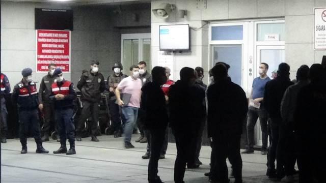 İzmir'de silahlı kavga dehşeti! 1 ölü