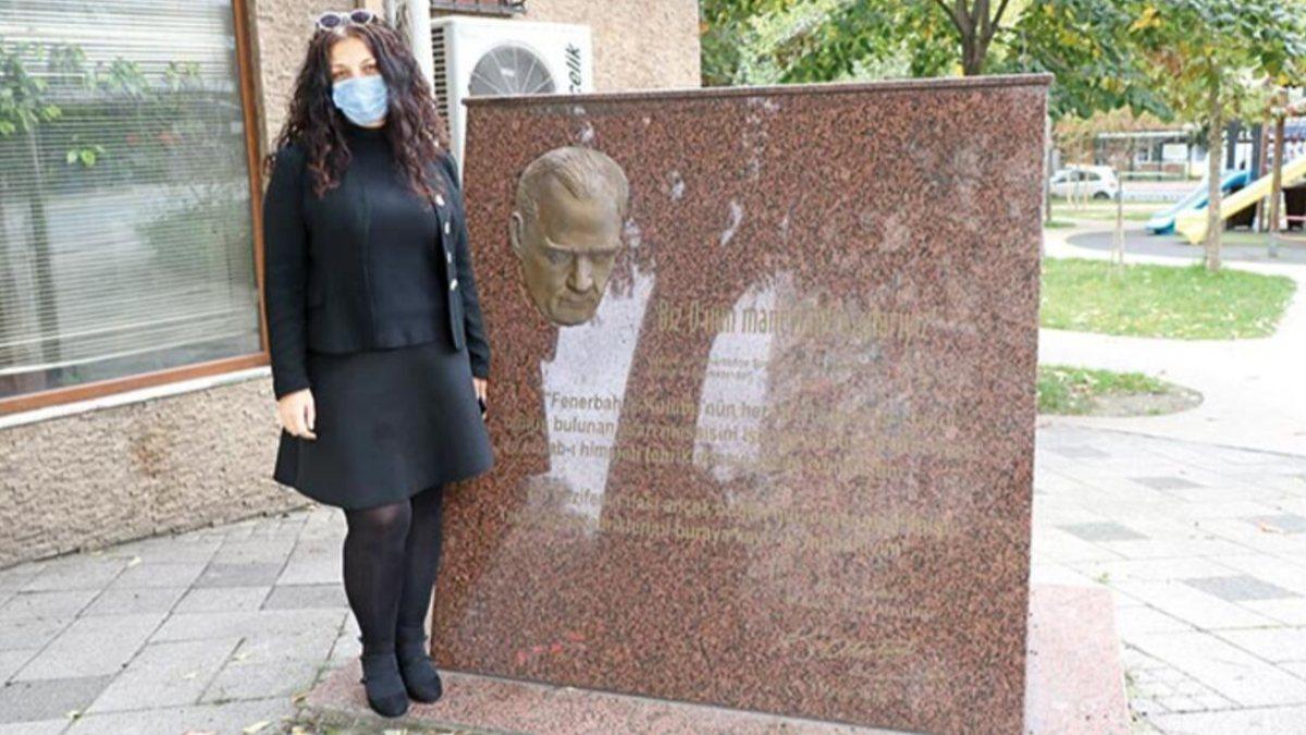 Kadıköy'de Atatürk maskı çalındı