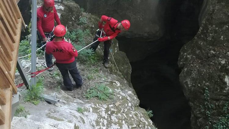 Kanyonda cüzdan kurtarma operasyonu