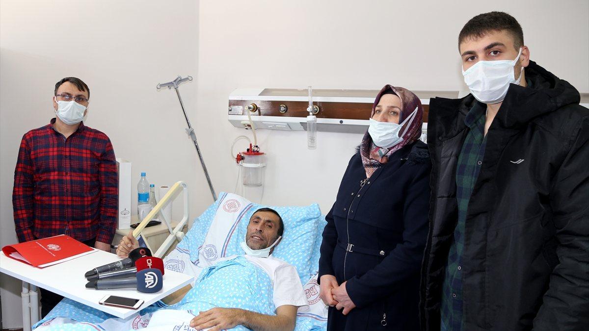Kazakistan'da rahatsızlanan tır şoförü, uçakla Türkiye'ye getirildi