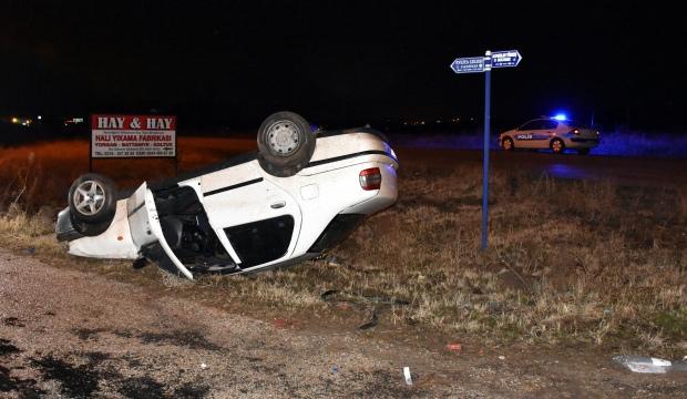 Kırıkkale'de şarampole devrilen araçta 2 kişi yaralandı