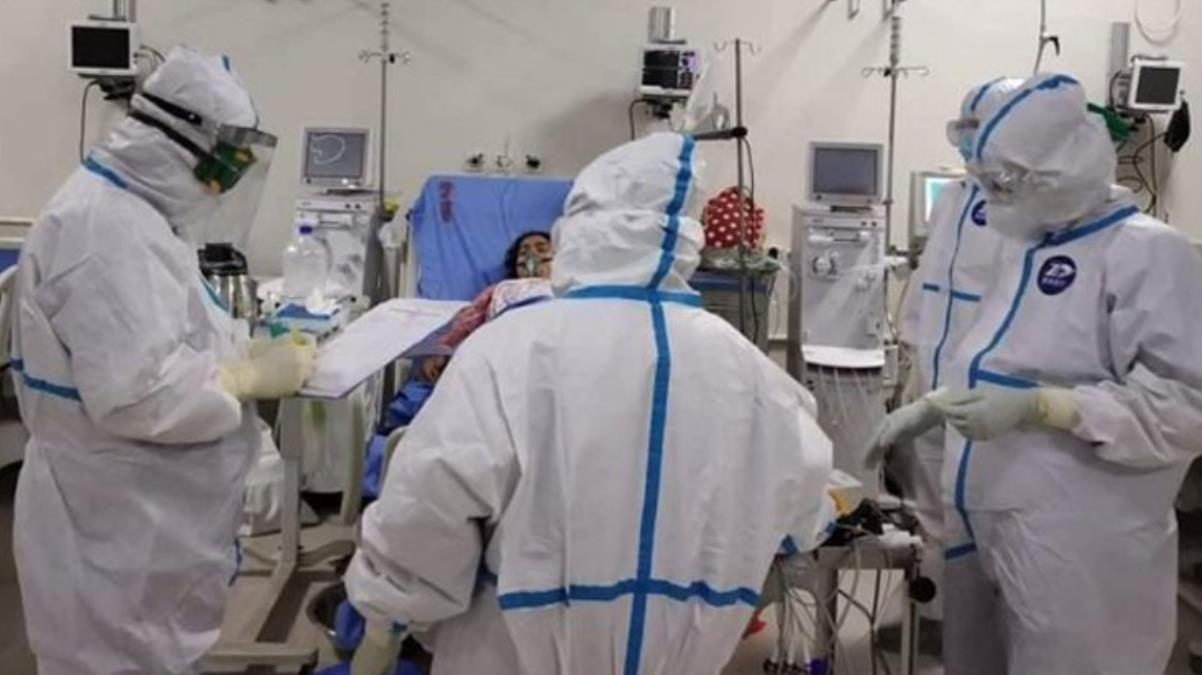 Korona geçirenlerin damarlarında pıhtılaşma olabildiğini söyleyen profesörden uyarı: Vakit geçirmeden doktora görünün