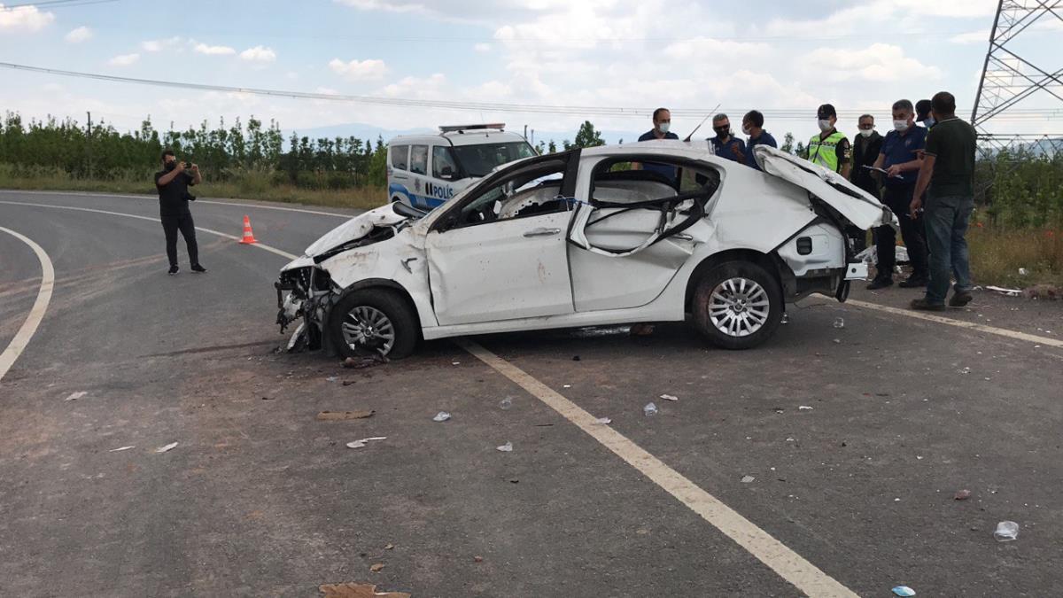 Kuzey Marmara Otoyolu'nda otomobil devrildi: 1 ölü, 2 yaralı