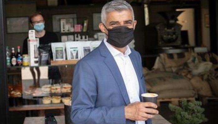 Londra Belediye Başkanı uyardı: Hastaneler tıka basa dolu