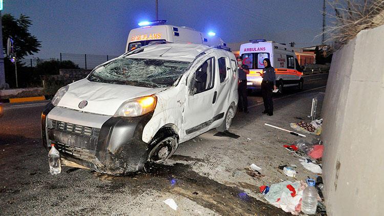 Manisa'da aşırı hız kazası! 2'si çocuk 5 kişi yaralı