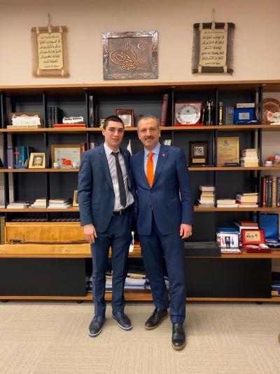 Mert Şener, Cumhurbaşkanı Başdanışmanı Oktay Saral' ı ziyaret etti