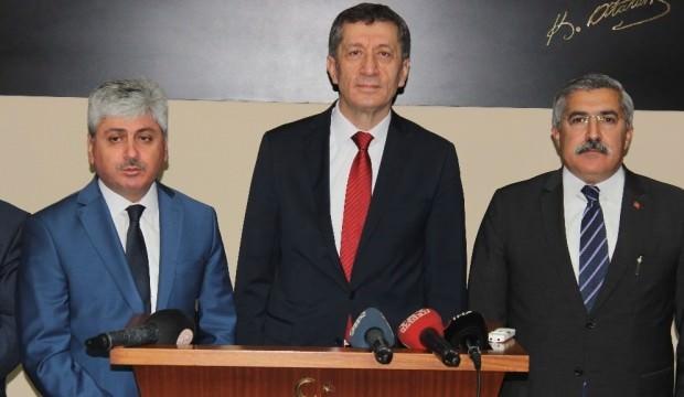 Milli Eğitim Bakanı Selçuk: Dersimizi çalışıyoruz