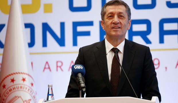 Milli Eğitim Bakanı Selçuk'tan 'Kitap' açıklaması