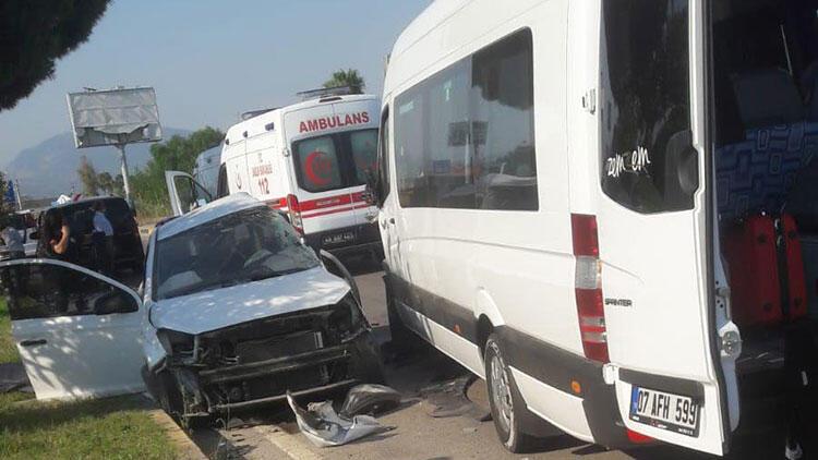 Muğla'da korkunç kaza! 1 ölü, 10 yaralı