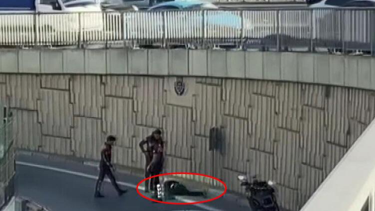 Polisten kaçtı, 5 metreden atladı! Üstünden çıkanlar şoke etti...