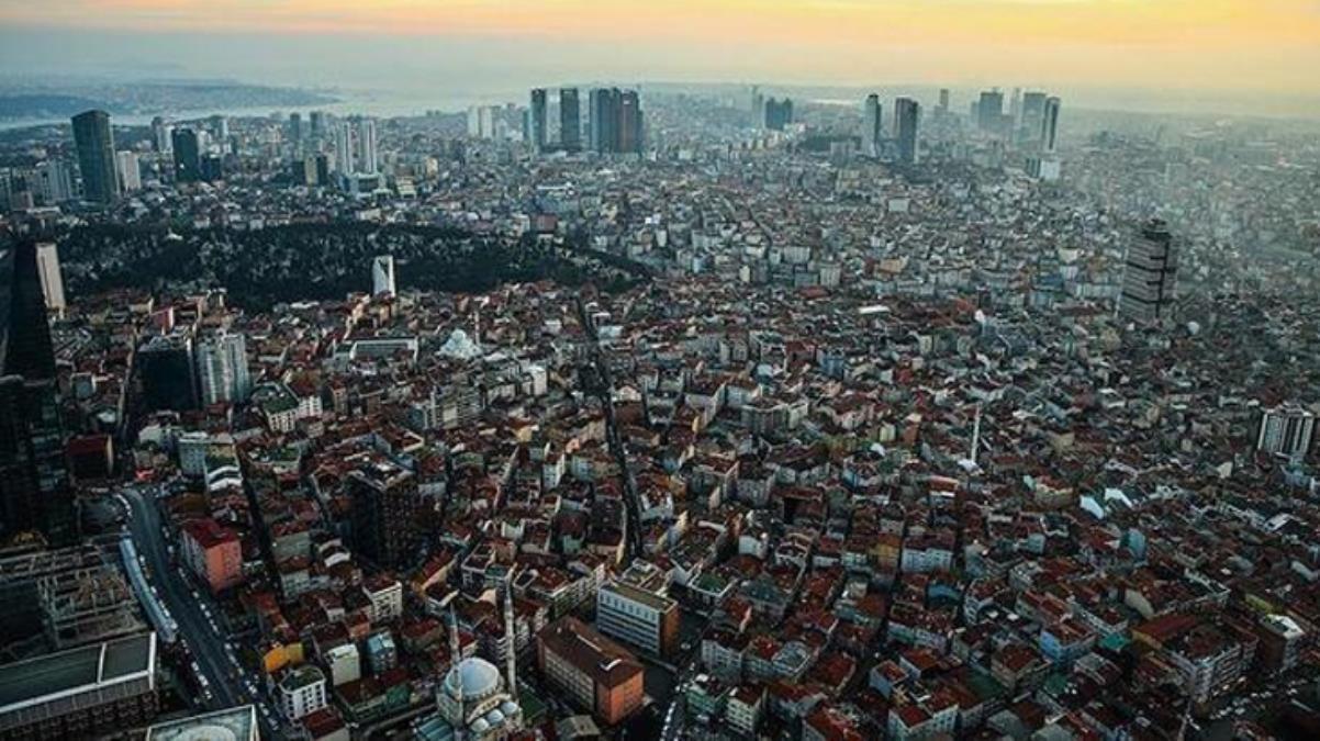 Prof. Dr. Övgün Ahmet Ercan: İstanbul'da deprem olduktan sonra 3 yıl hiç gitmeyecek, sürekli büyük artçılar göreceğiz