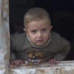 Saldırılardan kaçan Suriyeliler çadırlarda yaşam mücadelesi veriyor