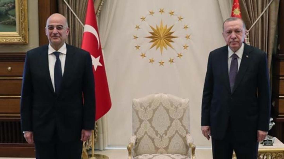 Sert Türkiye çıkışlarıyla bilinen Yunan Bakan Dendias'tan Atatürk vurgulu büyük Erdoğan övgüsü