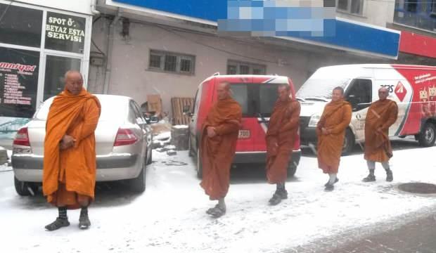 Sivas'ta Taylandlı turist paniği! Çinli sanıldılar...