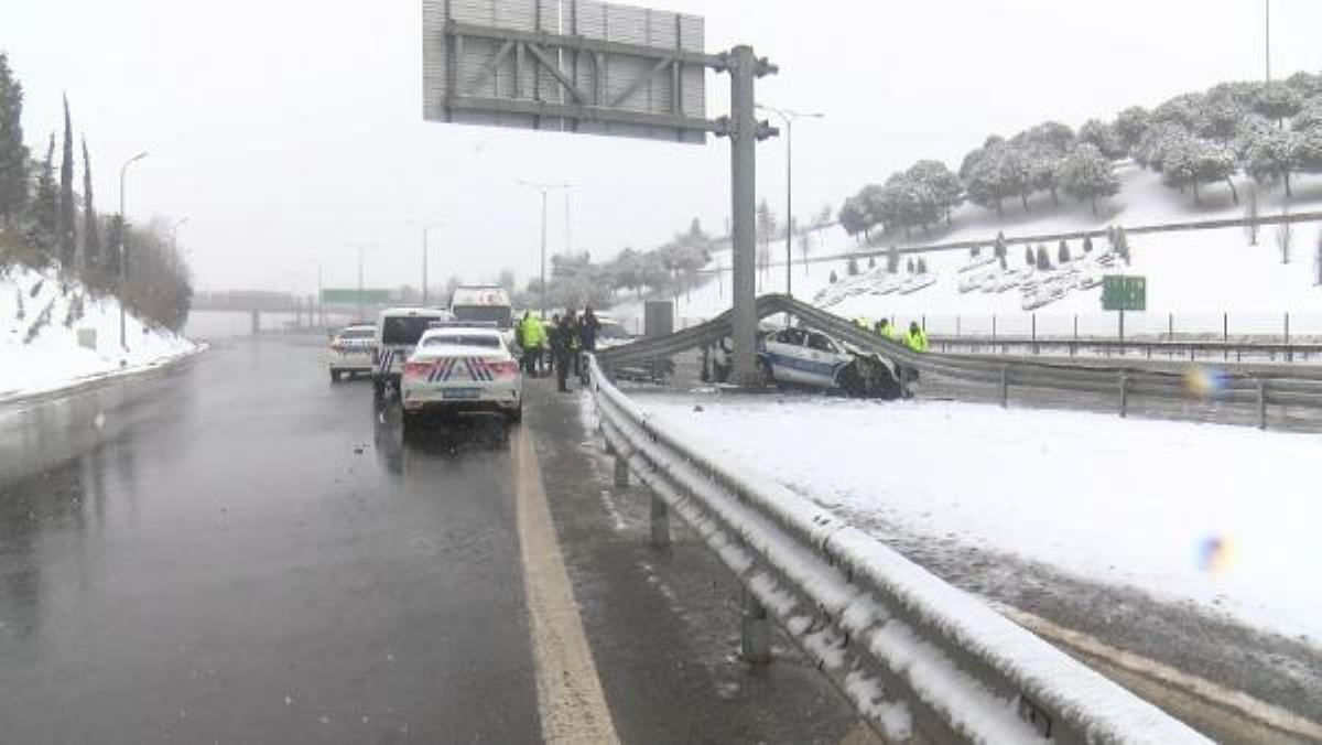 Son dakika haberi: Beşiktaş'ta sivil polis aracı, trafik polisi aracına arkadan çarptı: 3 polis yaralandı